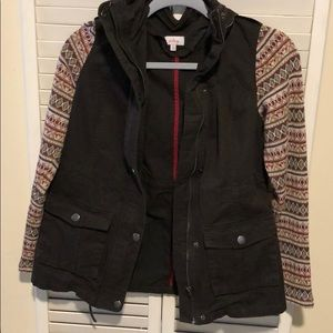 Pixley jacket with sweater sleeves and hood sz S
